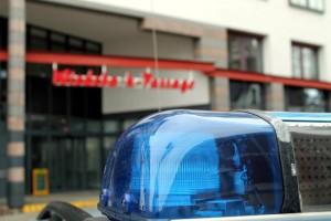 Polizei vor der Wiedebach Passage